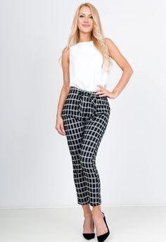 Kockované nohavice čiernej farby - ROUZIT.SK Harem Pants, Fit, Fashion, Moda, Harem Trousers, Shape, Fashion Styles, Harlem Pants, Fashion Illustrations