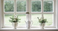 So it's time to buy new windows for your home. But with so many options, picking the right windows can be a little overwhelming. What are the best windows for the money you have in your budget, a Window Frames, Window Sill, Window Glass, Room Window, Glass Door, House Shine, Home Interior, Interior Design, Zen Space
