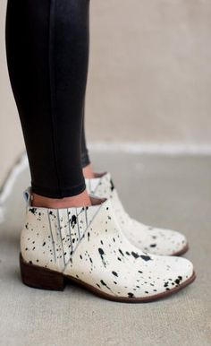 Your shoes should always make a statement. Be loud and proud in the Matisse El Toro Bootie