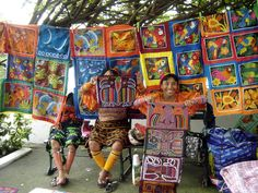 These Kuna women are selling their hand stitched molas.  Molas can be purchased in Casco Viejo, at the artisan markets or in El Valle!