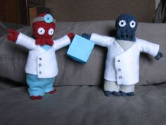 Zoidberg amigurumi - free pattern. Derek insists that I make this! (from MostlyNerdyCrochet. blogspot.com)