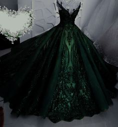 Cute Prom Dresses, Dream Wedding Dresses, Ball Dresses, Pretty Dresses, Slytherin Clothes, Fantasy Gowns, Princess Ball Gowns, Fairytale Dress, Quince Dresses