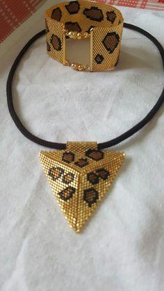 Beaded Jewelry Designs, Brick Patterns, Diy Necklace, Jewelery, Pendants, Bracelets, Color, Diy Kid Jewelry, Pearls