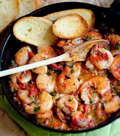 in your skillet: Melt Butter, Garlic, Onion, and Jalapeno. Add Red Pepper and Oregano. Then add Shrimp and Lime Juice. Stir one last time. then Eat ----- Fish Recipes, Meat Recipes, Seafood Recipes, Cooking Recipes, Healthy Recipes, Kitchen Recipes, Cilantro Lime Shrimp, Shrimp Dishes, Recipes