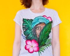 TROPIKI Hand painted t-shirt with tropical flowers! Bright colors for your summer :) It is the unique t-shirt and the only one piece! SIZE M IS READY TO SHIP S - Width - length - M - Width - length - L - Width - Acrylic Colors, Tropical Flowers, Custom Paint, Tie Dye, Textiles, One Piece, Hand Painted, Trending Outfits, Floral