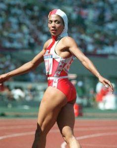 …and Flo-Jo I remember this moment! Flo Jo, Fit Black Women, Beautiful Black Women, Amazing Women, Jiu Jitsu, Vintage Black Glamour, Olympic Gymnastics, Sport Icon, Black Pride