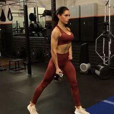 Sunday Landmine Workout 1. 12 each side 2. 12 each side 3. 15 each side 4. 15 each side 3-5 rounds #alexiaclark #queenofworkouts #fitforareason #fit #fitgirl #fitness #workout #motivation #sundayfunday