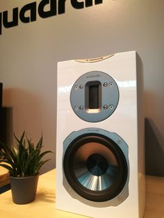 Nest Thermostat, France, Style, Home Theaters, Music System, Acoustic Music, Home Tech, Black People, Swag