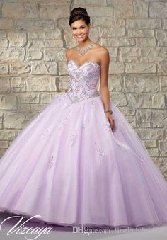 Quinceanera Dresses Patterns Lavender Tulle And Lace Beaded Crystals Sweetheart Neck Ball Gowns Floor Length 2016 Sweet 16 Dress Shops