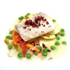 Baccalà confit con verdure al forno e salsa ai piselli. Condiviso da: http://www.popeating.it/