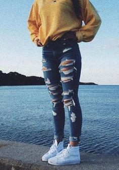 Copy 43 Casual Chic Fall Outfits Ideas Now - . - Copy 43 casual chic fall outfits ideas now – # casual - Casual School Outfits, Cute Comfy Outfits, Teen Fashion Outfits, Retro Outfits, Simple Outfits, Outfits For Teens, Stylish Outfits, Fall Outfits, Holiday Outfits