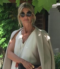 Enjoy the vacation vibes. Discover personal interview with designer Charlotte Lynggaard about her favourite vacation. In this month's Newsletter. Sign up on link in bio. #vacationvibes #vacationstyling #finejewellery #olelynggaardcopenhagen #olelynggaard #charlottelynggaard @charlottelynggaard_dk