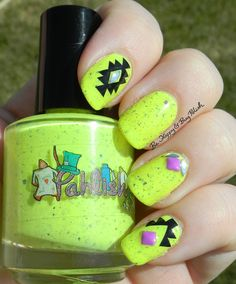 Pahlish Little Bread and Butterflies, KBShimmer Tribal nail vinyls | Be Happy And Buy Polish http://behappyandbuypolish.com/2015/08/24/pahlish-little-bread-and-butterflies-skittelette-manicure/