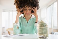 10 Plights We All Experience When Doing Our Taxes