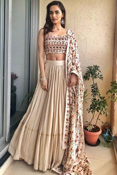 Latest Collection of Lehenga Choli Designs in the gallery. Lehenga Designs from India's Top Online Shopping Sites. Indian Lehenga, Indian Gowns, Indian Attire, Indian Wear, Lehenga Choli, Choli Designs, Lehenga Designs, Indian Wedding Outfits, Indian Outfits