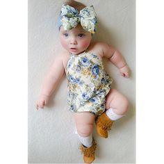 Sweet baby Bonnie is styled for summer
