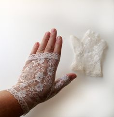 vintage lace gloves | Vintage White Lace Fingerless Gloves by treasuredarling on Etsy