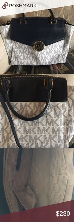 Michael Kors Hudson Crossbody Satchel This is a lightly loved and authentic MK crossbody satchel. It comes with gold hardware and feet on bottom of bag. Main zipper closure with adjustable strap. 4 interior pockets with a zipper pocket. Dustbag included; no trades. Michael Kors Bags Crossbody Bags