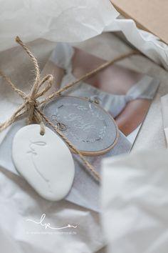 Verpackung, packaging, Walnussherzen, Ringkissen, Hochzeit, vintage, Leinen, Kreuzstich, handgestickt, Rosenresli, Handarbeit, Lillemor Fotografie,
