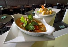 Sarah Gish -  Found a great #Thai place in Overland Park called Lemongrass. Thanks for the rec, @kcstarfood! http://inkkc.com/content/events-sporting-kc-quixotic-kc-fringe-and-a-giant-picnic/ …