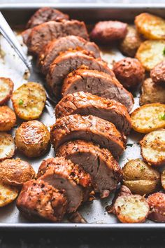 Sheet Pan Pork Tenderloin And Potatoes - The most beautiful .- Sheet Pan Pork Tenderloin And Potatoes – The most beautiful meat recipes Recipe Sheets, Best Meat, Comida Latina, One Pan Meals, Pork Dishes, Food And Drink, Yummy Food, Healthy Food, Healthy Pork Recipes