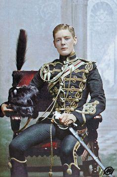 Winston Churchill as a Cornet in the Queen's Hussar's Cavalry, He was 21 at the time. Army Uniform, Men In Uniform, Colorized Historical Photos, Historical Quotes, Papua Nova Guiné, Trinidad E Tobago, Tsar Nicolas, Winston Churchill, British Army