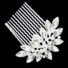 He encontrado este interesante anuncio de Etsy en https://www.etsy.com/es/listing/130189377/swarovski-crystal-bridal-hair-comb-tiara