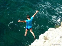 Cliff-jumping Tyulenovo, Bulgaria