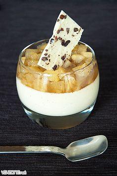 Panna cotta chocolat blanc et poires vanille