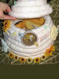 Diaper Beehive; awesome except for the $4.99 for the instructions; I'm thinking I can probably figure it out for myself.