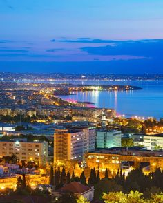 Visit Greece Are You Ready For A Night Walk In Thessaloniki Visitgreece Greece Thessaloniki