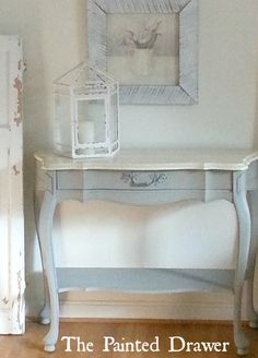 French Table with Marble Top French Linen, annie sloan, chalk paint, painted… Upcycle Decor, Annie Sloan Old White, Furniture, Furniture Makeover, Painted Table, Wood Side Table Diy, Painted Furniture, Redo Furniture, Painted Drawers