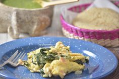 Huevos revueltos con espinacas - Desayuno fácil y rápido