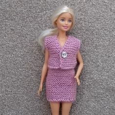 Ravelry: Pale Rose Cardigan for Barbie pattern by Esther Kate Sewing Barbie Clothes, Knitting Dolls Clothes, Barbie Clothes Patterns, Baby Doll Clothes, Crochet Doll Clothes, Crochet Barbie Patterns, Doll Patterns, Accessoires Barbie, Free Barbie