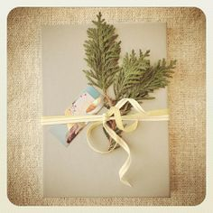 Clementine wrapping with metallic cotton ribbon