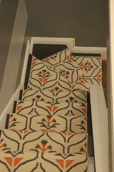 Cost Of Carpet Runners For Stairs Wall Carpet, Diy Carpet, Modern Carpet, Hallway Carpet Runners, Stair Runners, Stairway Carpet, Carpet Stairs, Cost Of Carpet, Design Interiors