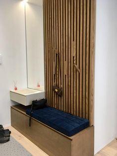 Hallway organized with wooden Batten Plank Hall Furniture, Furniture Makeover, Furniture Design, Home Entrance Decor, House Entrance, Home Decor, Hallway Designs, Foyer Design, Wooden Wall Panels