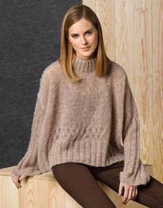 Catalogue Femme Concept 1 Automne / Hiver | 34: Femme Pull | Beige