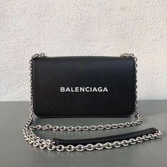 Balenciaga Calfskin On a regular basis Chain Pockets Bag Black Balenciaga Handbags, Balenciaga Bag, Gucci Handbags, Luxury Handbags, Fashion Handbags, Fashion Bags, Satchel Handbags, Fall Handbags, Cute Handbags