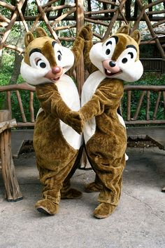 Chip n' Dale by far my favorite Disney Characters!!!! How spectacular they are:)