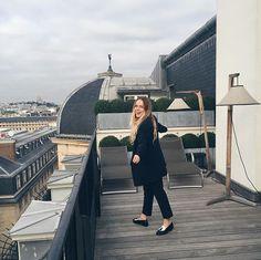 Om het af te leren. Dit hotel: 😻 #parisparis #grandhoteldupalaisroyal #bazaaropreis #goedtoevenhier #douzepoints