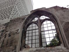 Altes Kirchenfenster am Kolumba Museum #Koeln http://www.ausflugsziele-nrw.net/kolumba-koeln/