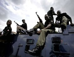 Police injured as robbers snatch N25million from bullion van http://ift.tt/2xPCgVA