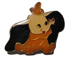 Walt Disney DUMBO cute vintage cloisonne pin 1980s