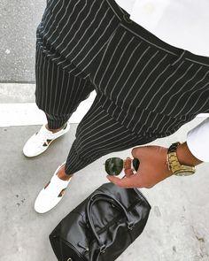 Brak dostępnego opisu zdjęcia. #menstyle #menfashion #fashionformen #modamasculina Foto Fashion, Teen Fashion, Winter Fashion, Fashion Outfits, Mens Plaid Pants, Mode Costume, Smart Casual Men, Mens Fashion Wear, Outfit Grid