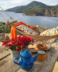 Nadire Atas on Nature Spa Beautiful Places To Travel, Wonderful Places, Beautiful World, Its A Wonderful Life, Life Is Good, Nature Landscape, Istanbul Travel, Romantic Picnics, Coffee Cafe
