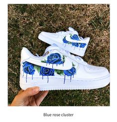 Dr Shoes, Cute Nike Shoes, Swag Shoes, Hype Shoes, Shoes Sneakers, Shoes Gif, Women's Shoes, Custom Painted Shoes, Custom Shoes