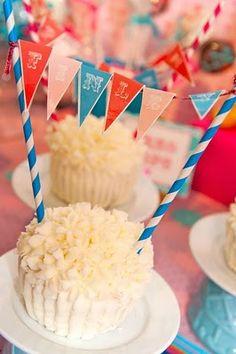 Banner Cupcake, Circus