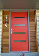 Ignore Door color - Pictures of modern front doors for mid-century modern houses, ranch homes, retro ramblers, post-war bungalows and new construction Mid Century Ranch, Mid Century House, Mid Century Modern Door, Front Door Colors, Front Doors, Entry Doors, Front Entry, Red Doors, Mid Century Exterior
