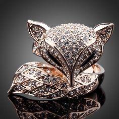 Cuff bangle gold plated metal bangles for women 2015 autumn new insect series pulseiras femininas animal bangle bijoux eManco Fashion 2017, Trendy Fashion, Fashion Trends, Fashion Women, Latest Fashion, Fashion Accessories, Jewelry Accessories, Fashion Jewelry, Fashion Clothes
